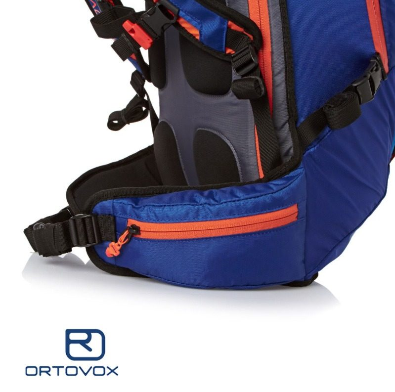 Hip Belt and Hip Pocket - Ortovox Cross Rider 20 - Strong Blue