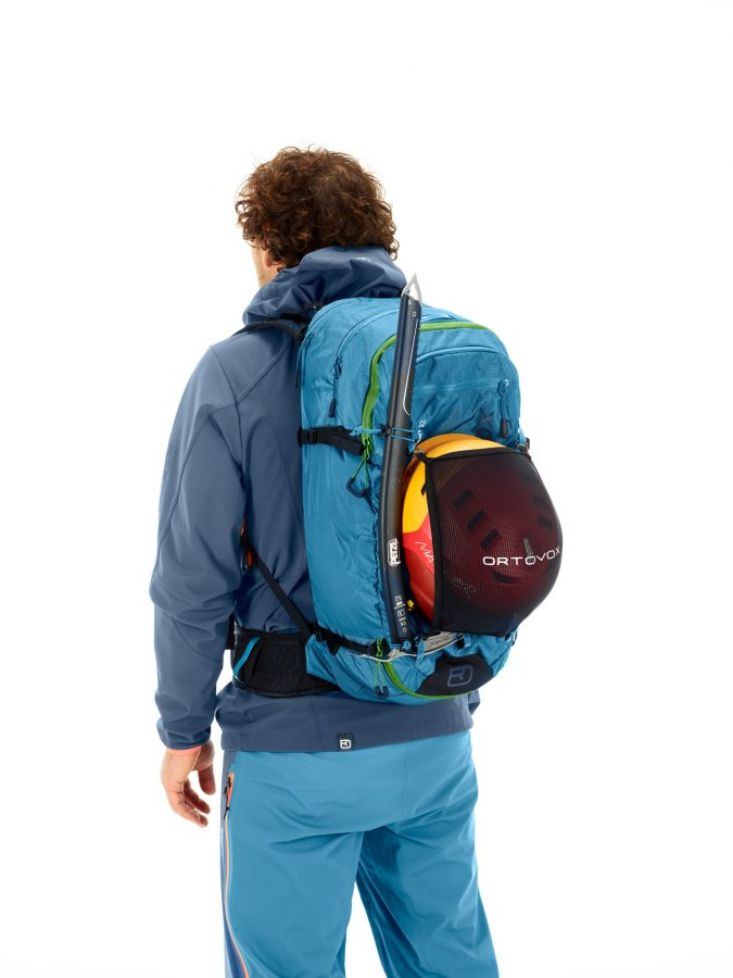 Extra items can be mounted such as a helmet with the included helmet net - Ortovox Ascent 32L Tour Series - Blue Sea