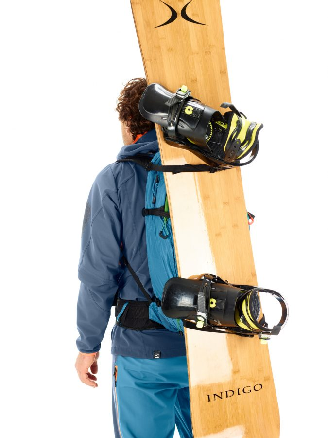 Snowboard and snowshoe carrying system - Ortovox Ascent 32L Tour Series - Blue Sea