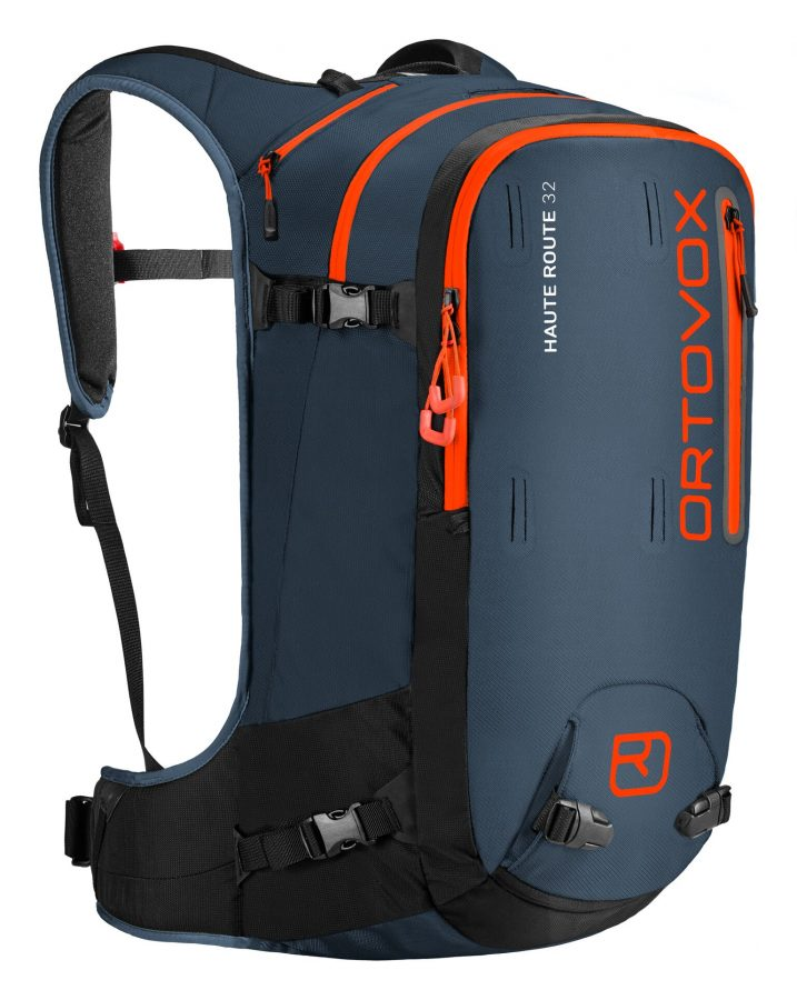 Front view showing the zip compartments - Ortovox Haute Route 32 - Night Blue