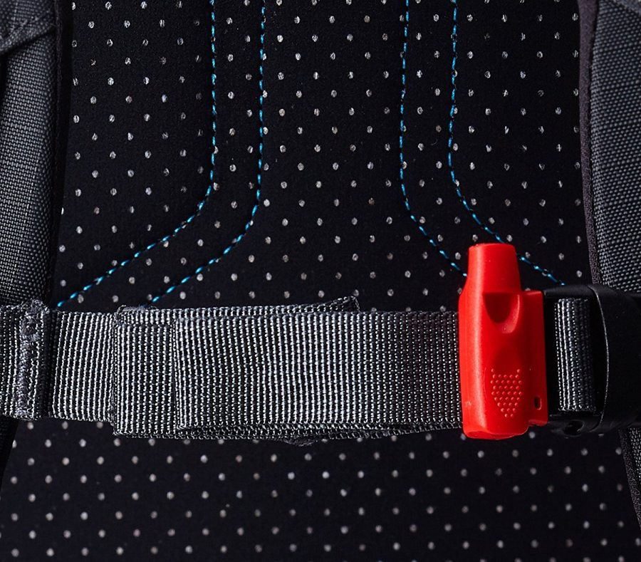 Back View - Integrated safety whistle which can be life saving - Ortovox Peak 35 - Black Anthracite