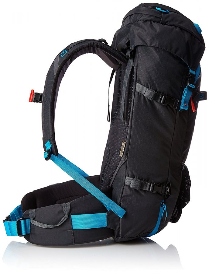 Side View - Compression straps which can also be used to carry skis - Ortovox Peak 35 - Black Anthracite