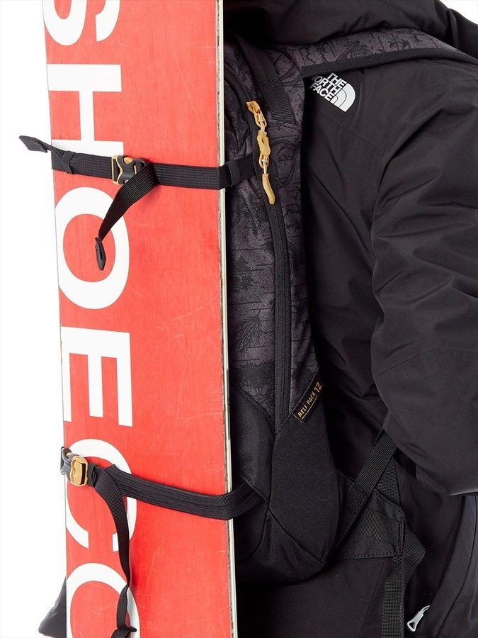 Dakine Heli Pack 12L - Vertical Snowboard Carry