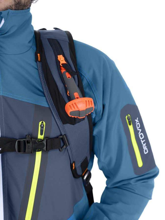 Ortovox Cross Rider 18 Avabag Backpack - Sternum Whistle