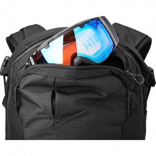 Dakine Poacher RAS 18L Backpack - Fleece Lined Goggle Pocket